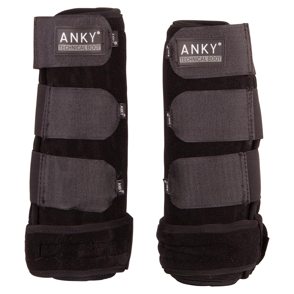 The Neoprene boot is especially designed for protection of the horses legs during training. They not only give protection they also provide support. With an elastic band: adjustability to the horses leg is made easy. The ANKY® Neoprene Boot is constructed with 5 mm technically neoprene which cools and wicks. The fit is ideal and the finish is clean. Machine washable. Available in sets of 2.