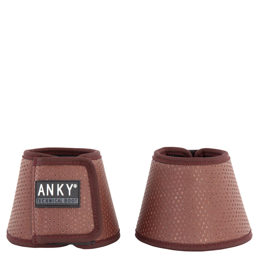 The ANKY® Bell Boot combines perfectly with the Technical Climatrole Boots for optimal protection of your horse's leg. The Bell Boots and Climatrole Boots are not only great for protection, the colour of the items match exactly. The Bell Boots are flexible and light weight and therefore comfortable for your horse to wear. Machine washable.